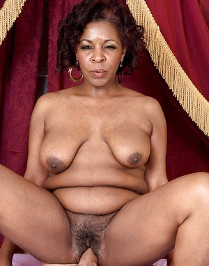 Certainly Black mature old pussy what fuctioning