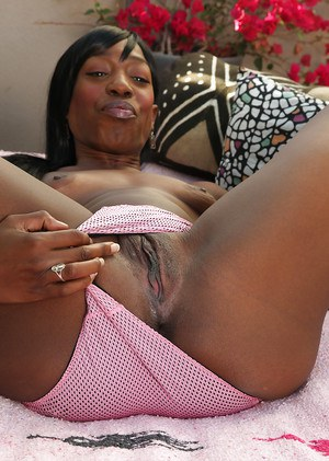 Milf love big black dick