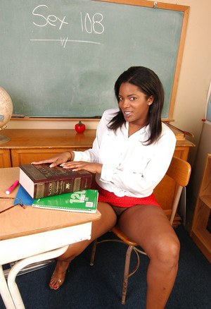 Ebony upskirt xxx feel light-headed